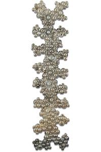 "Œuvre nommée ""Spindle"": totem Cybertrash de Rémy Tassou."