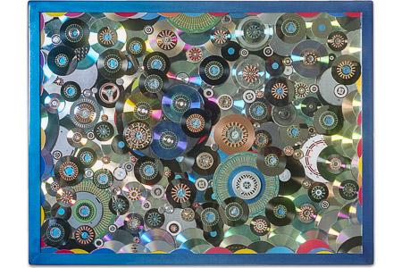 """Œuvre nommée """"Sector"""": sculpture murale cybertrash de Rémy Tassou. (vue principale, vignette)"""